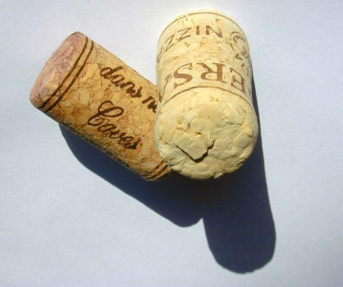 cork plugs wine