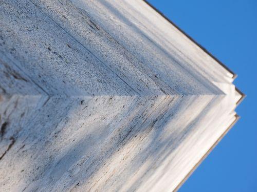 corner edge monument