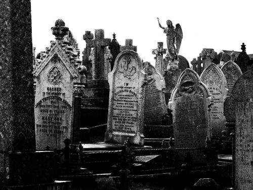 cornwall cemetery the tombstones