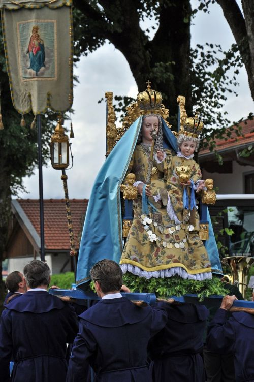 corpus christi observance madonna
