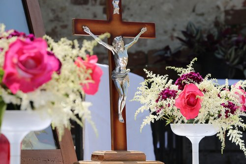 corpus christi feast  pink roses  procession