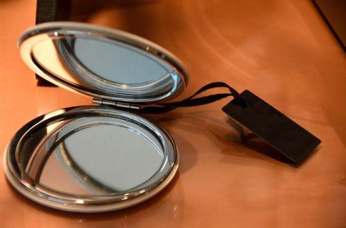 cosmetics mirror make up