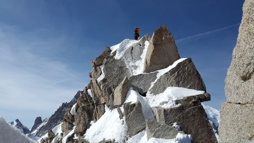 cosmiques ridge granite summit