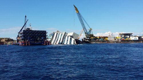 costa concordia cruise shipyard