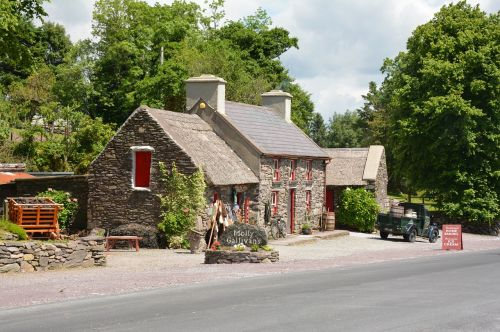 cottage historically country house