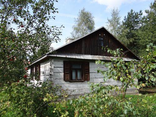 cottage garden vesnice