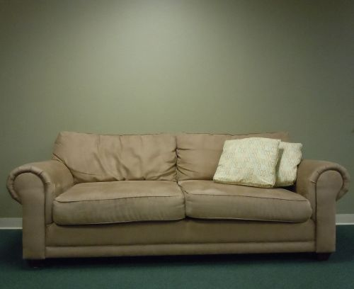 couch welcome lounge