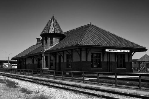 council bluffs iowa train station