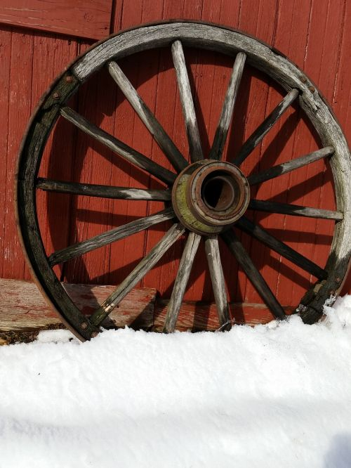 country wheel old fashioned