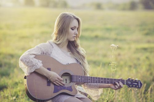 country,guitar,girl,music,instrument,musical,acoustic,musician,country western,acoustic guitar,country music,guitarist,beautiful,outside