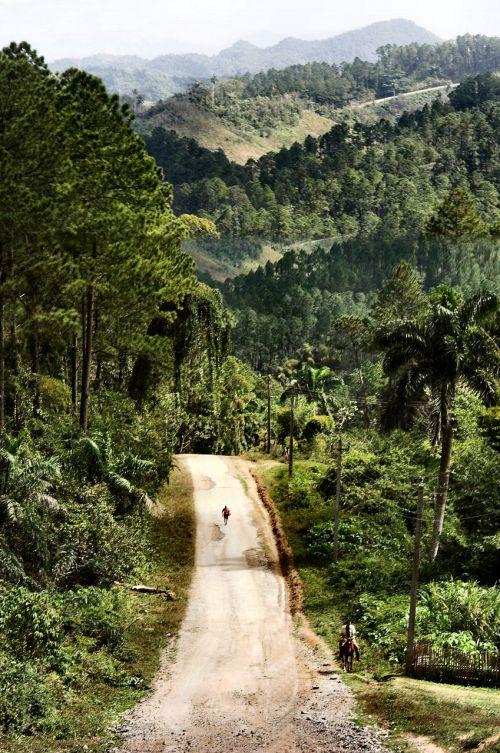 Country Road, Cuba