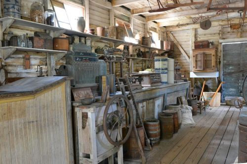 country store antiques store