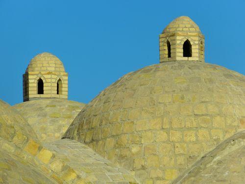 couple bazar dome bazar