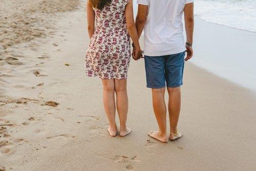 couple  beach  sea