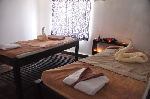 couples massage spa relaxation