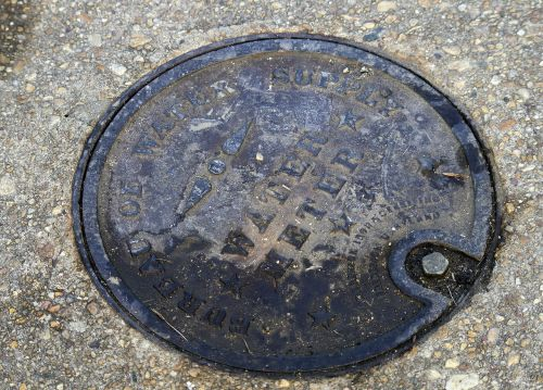 cover manhole water hole
