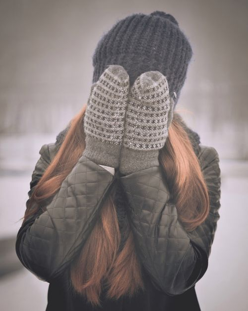 covering face girly winter clothes