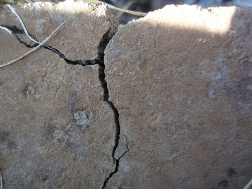 crack cracked concrete