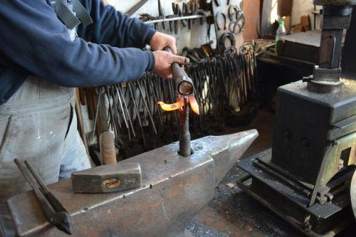 craft blacksmith iron