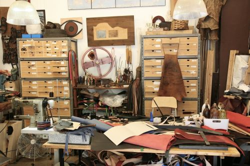 craft tools manufacture