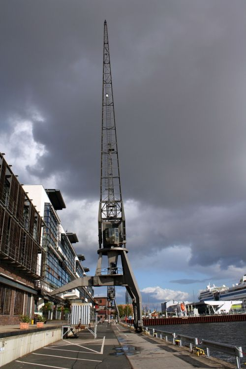 crane historically port