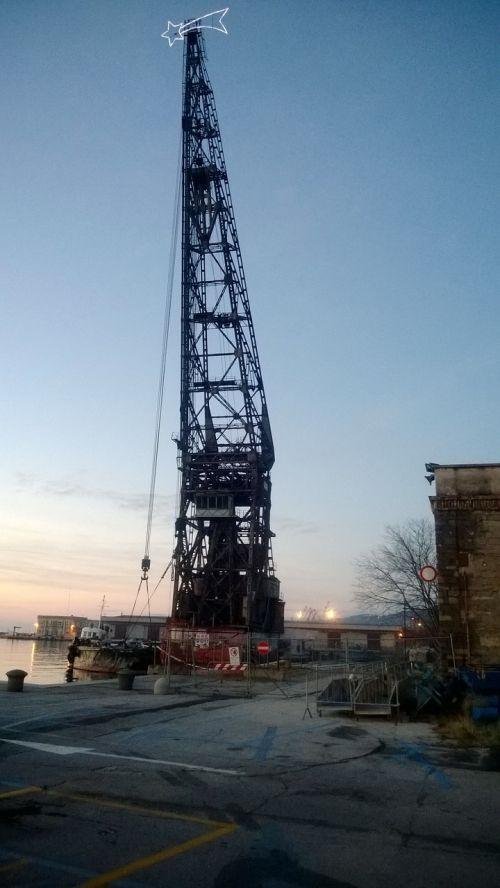 crane city trieste
