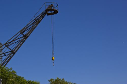 crane raise hook