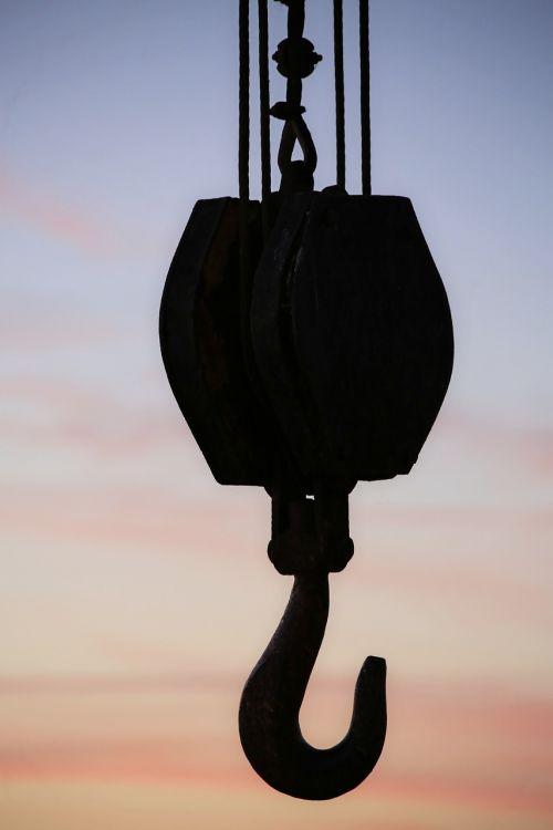 crane pulley machine