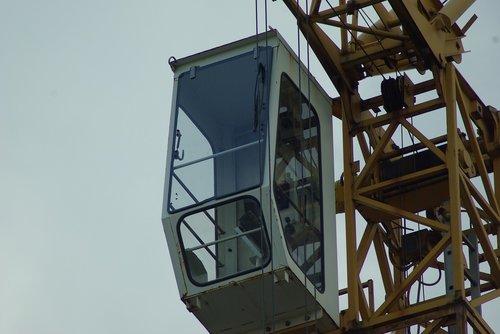 crane  crane cab  baukran