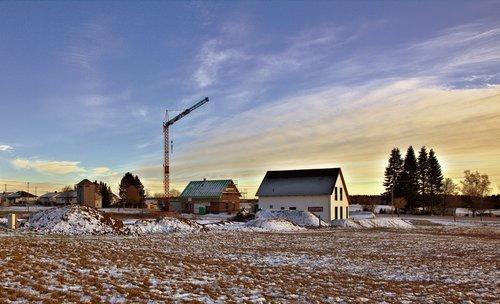 crane  clouds  site