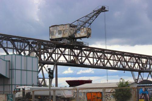 crane port industry