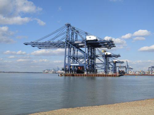 cranes port docks