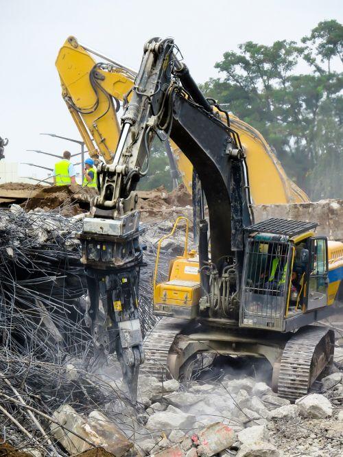 crash demolition destroyed