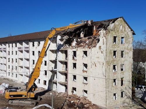 crash demolition house demolition