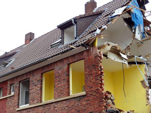 crash demolition home