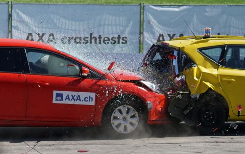 crash test collision 60 km h