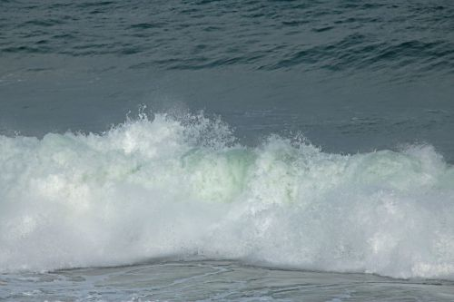 Crashing White Wave