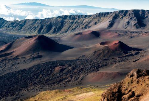 crater haleakala crater hawaii