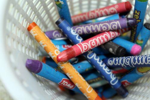 crayons drawing coloring