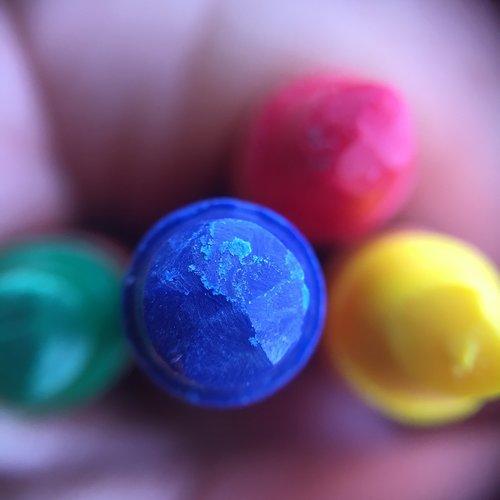 crayons  crayon  creativity