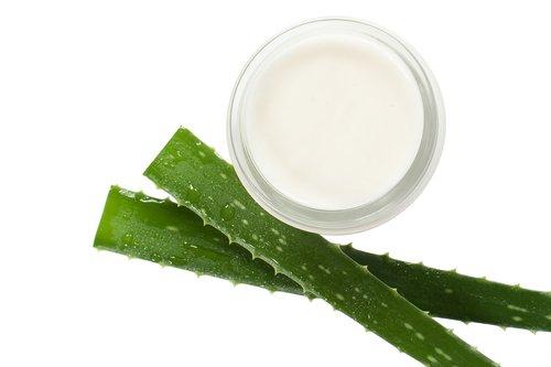 cream  aloe vera  beautician