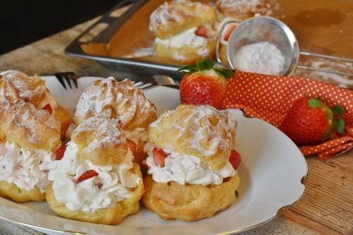 cream puff strawberries cream