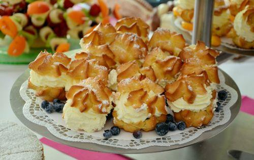 cream puff cream pastries