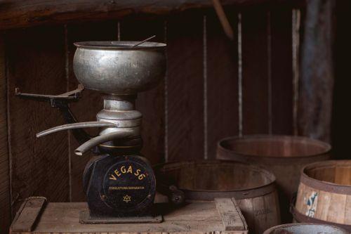 cream separator cream historic