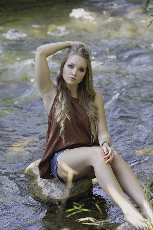 creek country girl