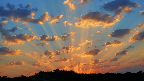 crepuscular rays  sunlight  nature