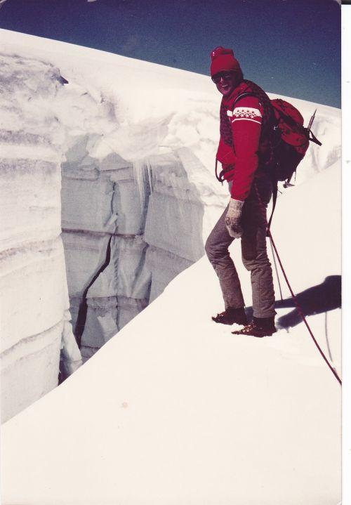 crevasse mountain guides ice