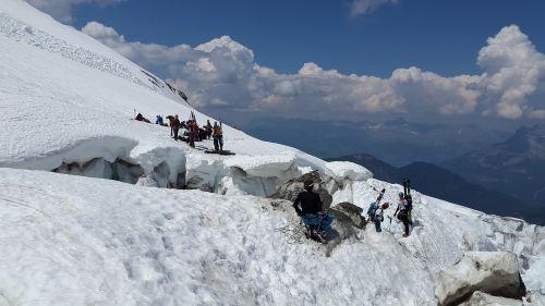 crevasses backcountry skiiing mountaineer