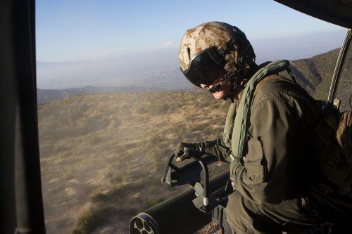 crew airmen helicopter