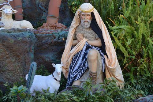 crib figures christmas